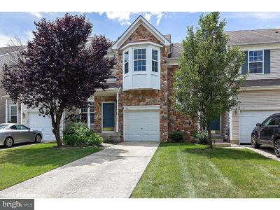 Woodbury Townhouse For Sale: 109 Cypress Court