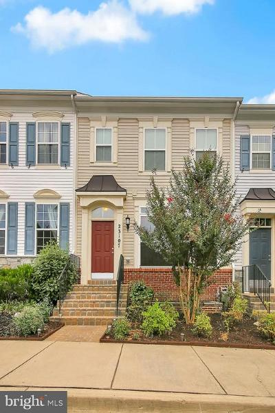 Clarksburg Townhouse For Sale: 23107 Robin Song Drive