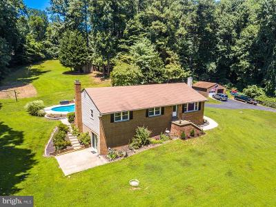 Huntingtown Single Family Home For Sale: 4220 Camp Kaufmann Road