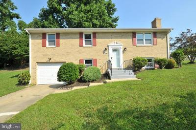Temple Hills Single Family Home For Sale: 2210 Culbera Drive