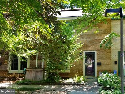 Reston Townhouse For Sale: 2208 Golf Course Drive