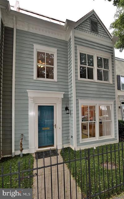 Old Town Townhouse For Sale: 228 Payne Street N