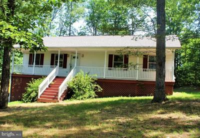 Inwood Single Family Home For Sale: 569 Chantilly Lane