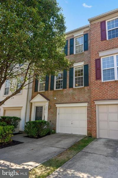 Sterling Townhouse For Sale: 45517 Overmountain Square