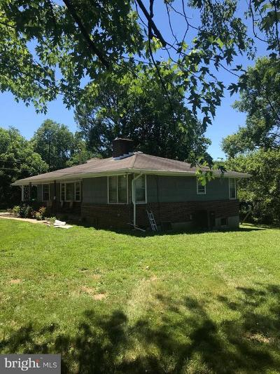 Baltimore Single Family Home For Sale: 3012 Rices Lane