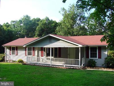 Luray Single Family Home For Sale: 283 Wilderness Trail