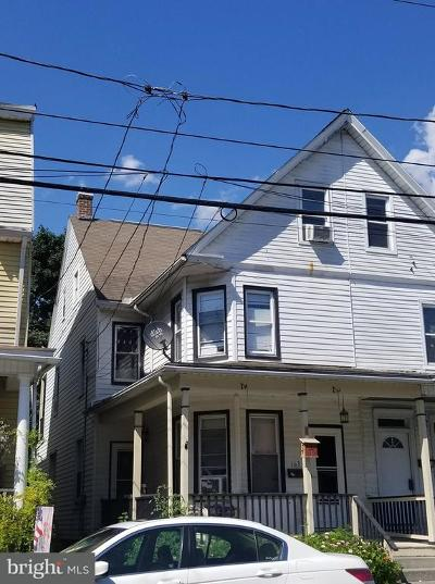 Middletown Townhouse For Sale: 163 E Emaus Street