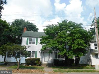 Dover Single Family Home Under Contract: 28 S Queen Street