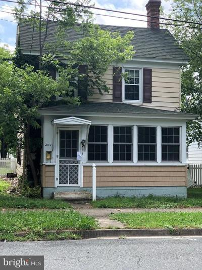 Cambridge Single Family Home Under Contract: 200 Aurora Street
