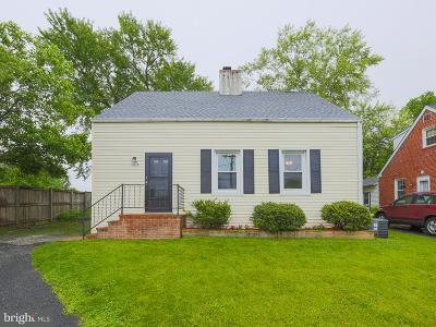 Baltimore Single Family Home For Sale: 7917 Rolling View Avenue