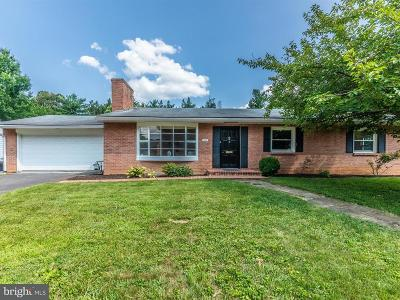 Hagerstown Single Family Home For Sale: 1002 Woodland Way