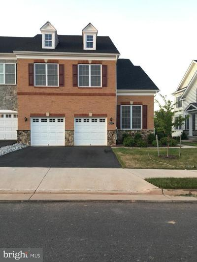 Ashburn Townhouse For Sale: 43172 Hattontown Woods Terrace