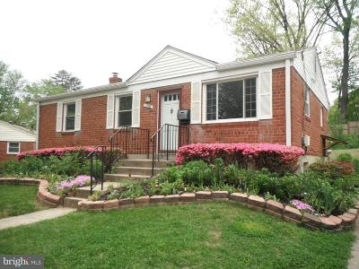 Rockville Single Family Home For Sale: 11902 Rocking Horse Road