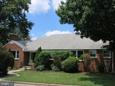 Alexandria, Arlington Single Family Home For Sale: 907 Summit Avenue