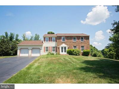 Freehold Single Family Home For Sale: 37 Chatham Ridge Drive