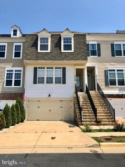 Leesburg Townhouse For Sale: 18166 Mill House Square