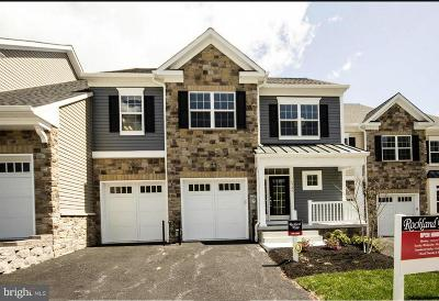 Townhouse For Sale: 6707 Fairford Lane