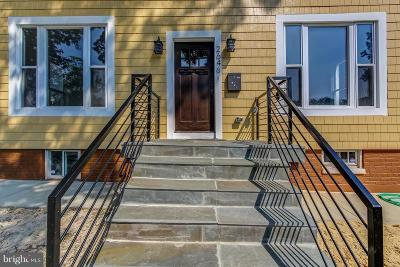 Washington Single Family Home For Sale: 2646 Myrtle Avenue NE