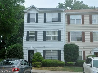 Suitland Townhouse For Sale: 4708 English Court