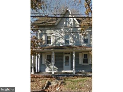Chalfont PA Single Family Home For Sale: $199,998