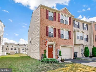 Hanover Townhouse For Sale: 836 Blossom Drive