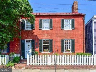 Old Town, Old Town Alexandria Single Family Home For Sale: 226 Alfred Street N
