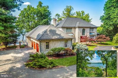 Annapolis Single Family Home For Sale: 826 Coachway