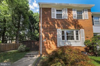 Annandale, Falls Church Townhouse For Sale: 3270 Applegate Court