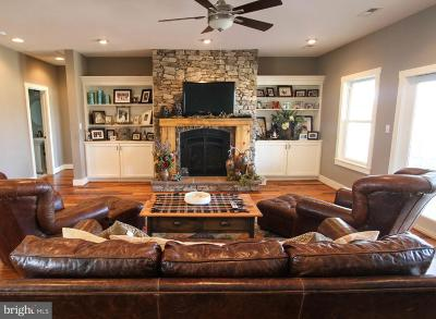 Winchester Single Family Home For Sale: 12 Belleville Court