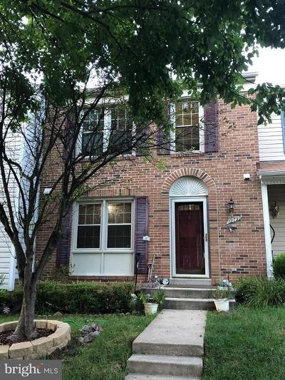 Townhouse For Sale: 12739 Inverness Way