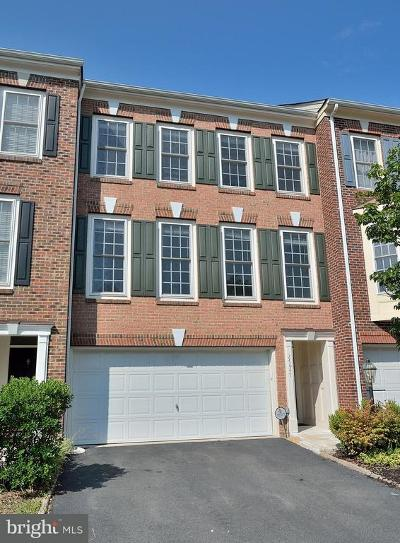Aldie Townhouse For Sale: 24647 Clock Tower Square