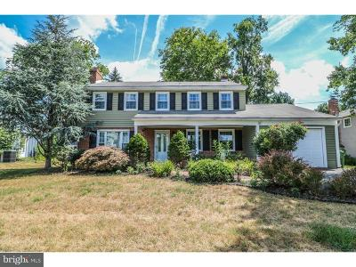 Cherry Hill Single Family Home For Sale: 203 Old Orchard Road