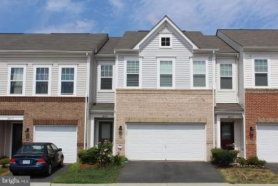 Aldie Townhouse For Sale: 24715 Gracehill Terrace