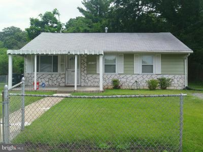 Oxon Hill Single Family Home Under Contract: 1213 Devonshire Drive