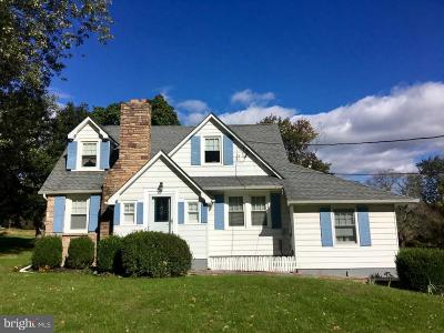 Hopewell Single Family Home For Sale: 137 Hopewell Wertsville Road
