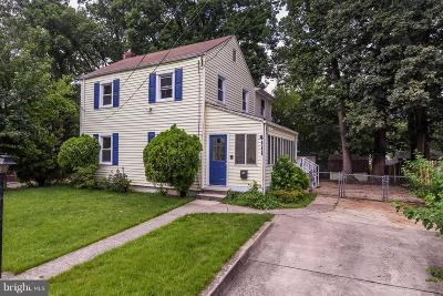Hyattsville Single Family Home For Sale: 4111 72nd Avenue