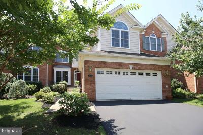 Haymarket Townhouse For Sale: 15755 Cool Spring Drive