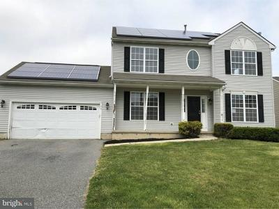 Kent County Single Family Home Under Contract: 39 Wycombe Drive