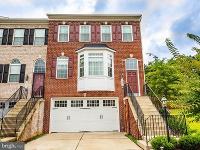 Woodbridge Townhouse For Sale: 5925 Riverside Drive