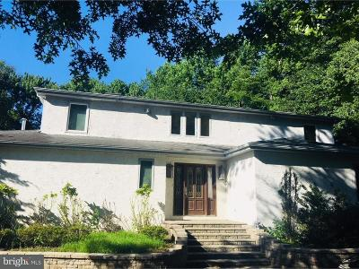 Cherry Hill Single Family Home For Sale: 7 Wilderness Drive