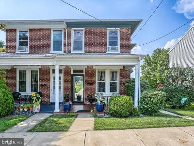 Dallastown Single Family Home For Sale: 46 S Franklin Street