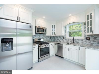 Camden Single Family Home For Sale: 81 Winfield Road