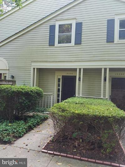 Fairfax County, Fairfax City, Loudoun County, Montgomery County, Prince George County, Prince William County, Frederick County, Fredericksburg City Condo For Sale: 13236 Meander Cove Drive #36
