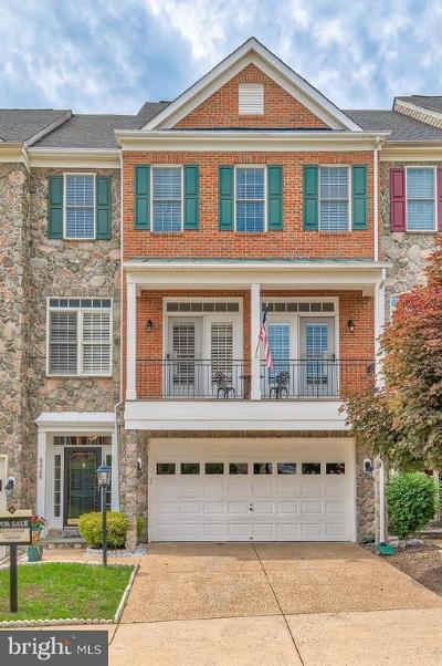 Leesburg Townhouse For Sale: 43706 Lees Mill Square