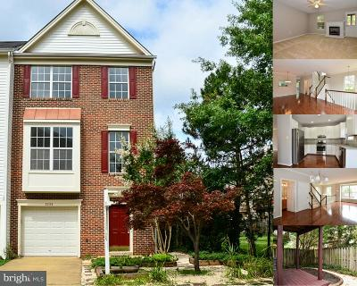 Herndon Townhouse Active Under Contract: 2489 Sugar Mill Way