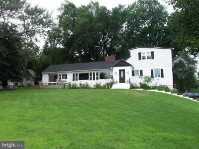 West Chester Single Family Home For Sale: 10 A Reservoir Road