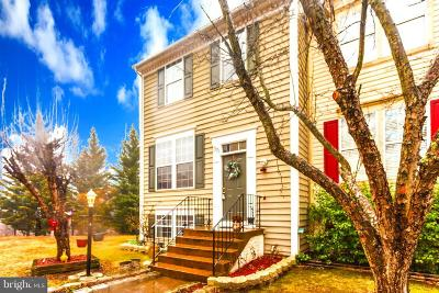 Stafford Townhouse For Sale: 301 Knollwood Court