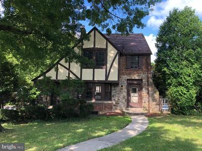 Single Family Home For Sale: 105 Hollywood Avenue