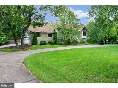 Moorestown Single Family Home For Sale: 5 Meadow Drive