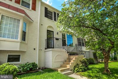 Springfield Townhouse For Sale: 8016 Northumberland Road